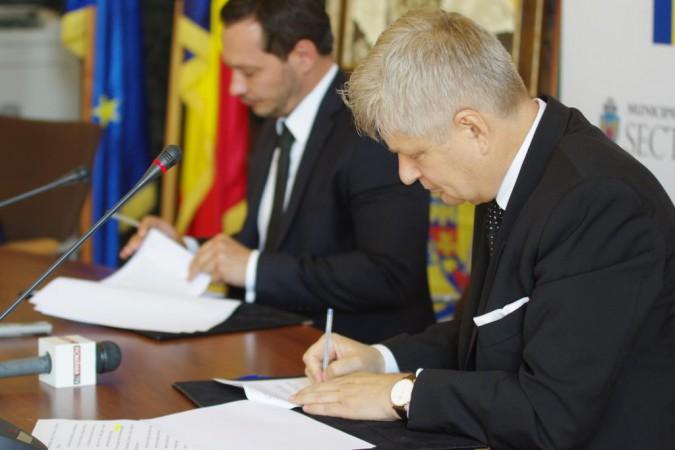 Ceremonie de semnare acord finantare 1