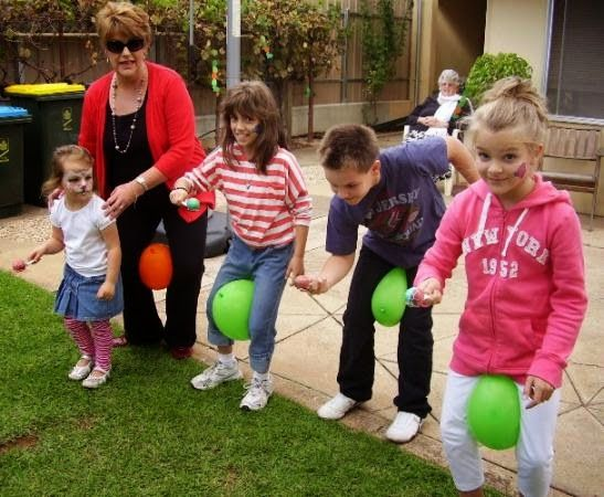 caminemos-con-globos-juego-infantil-para-fiesta