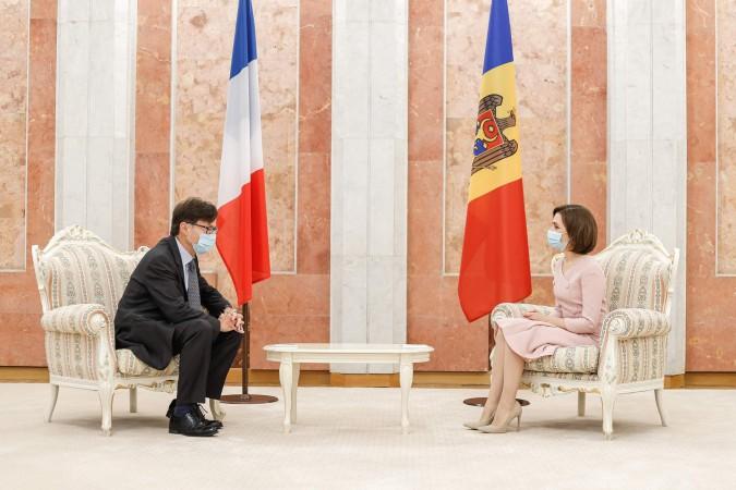 Ambasadorul Republicii Franceze
