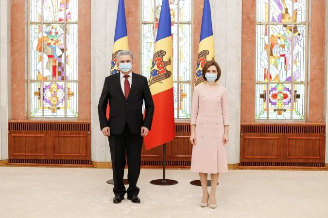 Ambasadorul Republicii Tadjikistan